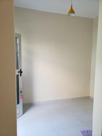 Alugo casa totalmente reformada - Irajá - R$ 700,00 - Foto 4