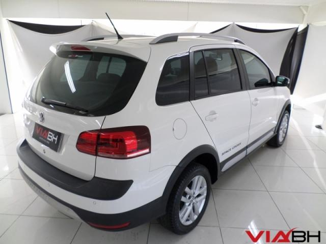 VOLKSWAGEN  SPACE CROSS 1.6 MSI 16V 2015 - Foto 4