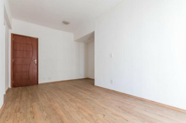 AP0217 - Sala 2 quartos com suite - Aceito financiamento - Maracana - Foto 3