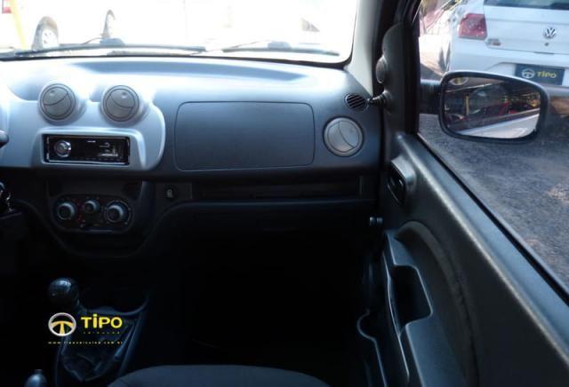 FIAT UNO ATTRACTIVE 1.4 4P 2011  - Foto 18