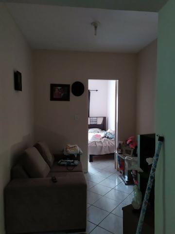 Vendo duas Casas no mesmo terreno, com entradas independentes, Òtimo Preço! - Foto 3
