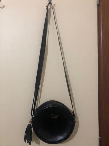 Bolsa redonda preta  - Foto 3