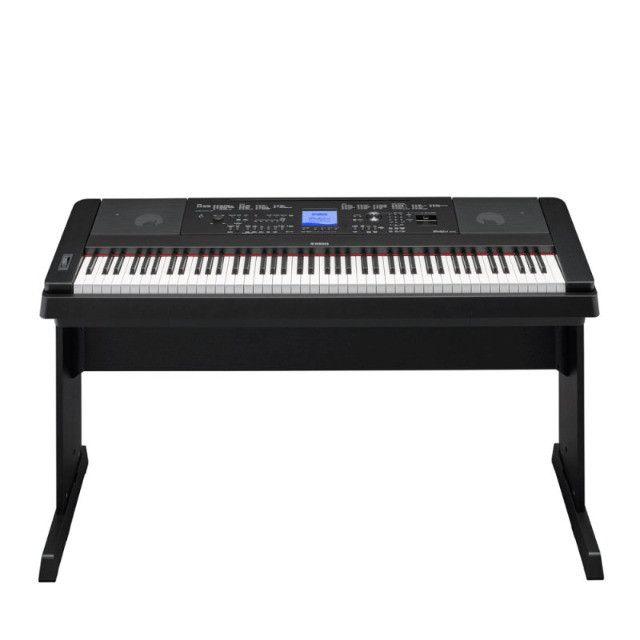 Vendo Piano digital Yamaha DGX-660