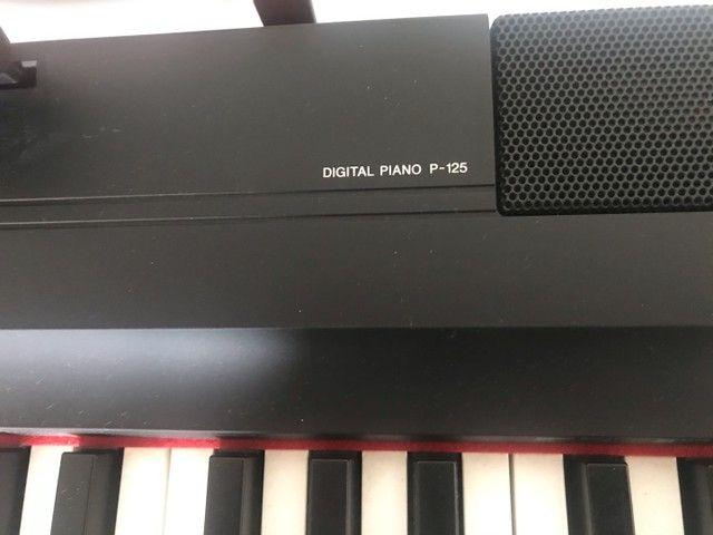 Piano eletrônico YAMAHA P-125