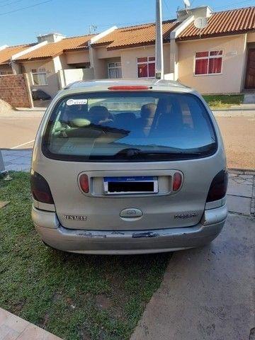 Vendo carro Scenic ano 2000 2.0 8v - Foto 2