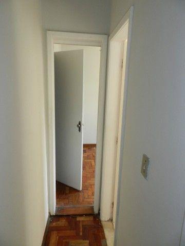Aluguel apartamento fundos 2 quartos Rua Noronha Torrezão 370 Santa Rosa, Niterói. - Foto 6