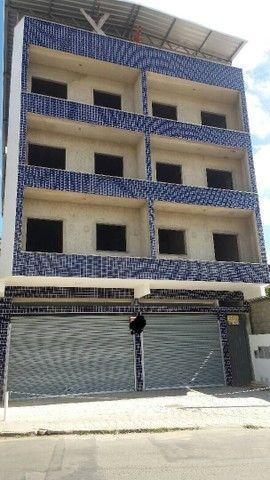 Edinaldo Santos - Sta Cruz, apto de cobertura 2/4, sem garagem r$ 130.000,00