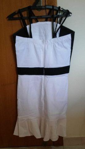 Vestido curto preto e branco novo - Foto 2