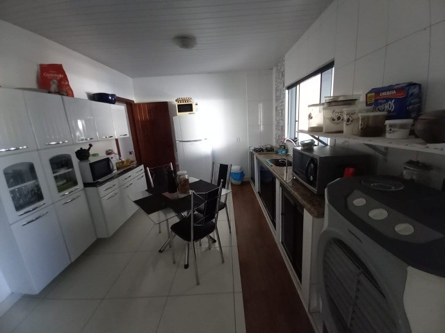 Casa no Centro de Luziânia-GO, com 220 m², 4 quartos e garagem para 4 carros. - Foto 6