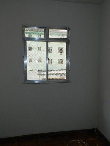 Aluguel apartamento fundos 2 quartos Rua Noronha Torrezão 370 Santa Rosa, Niterói. - Foto 13