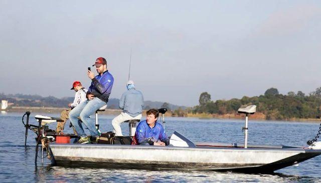 Barco Aluminio Bass boat