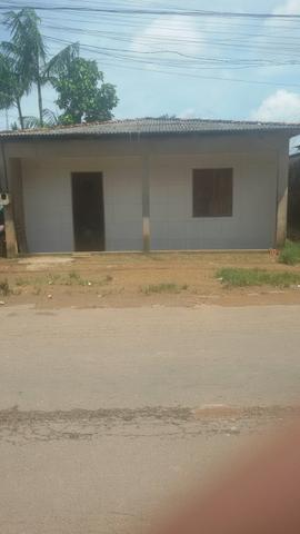 Vende-se uma casa no bairro zerão