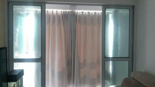Porta de vidro com esquadrias