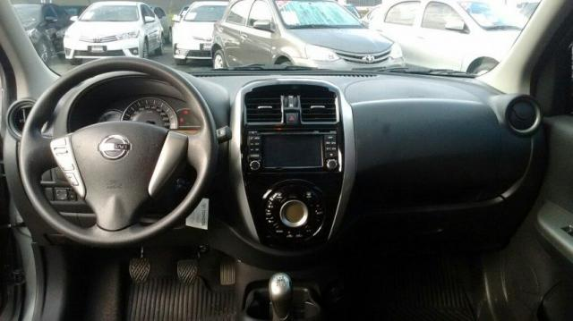 NISSAN MARCH SL 1.6 16V FLEXSTART Cinza 2015/2016 - Foto 6