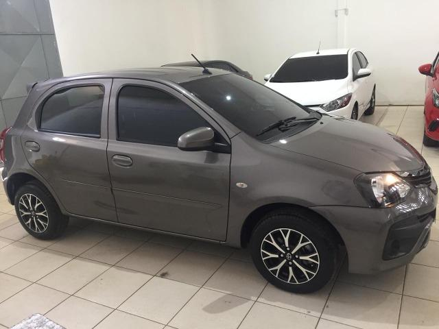 Etios 2019 Hatch X 1.3 6mil KM Automático Cheirando a Novo - Foto 10