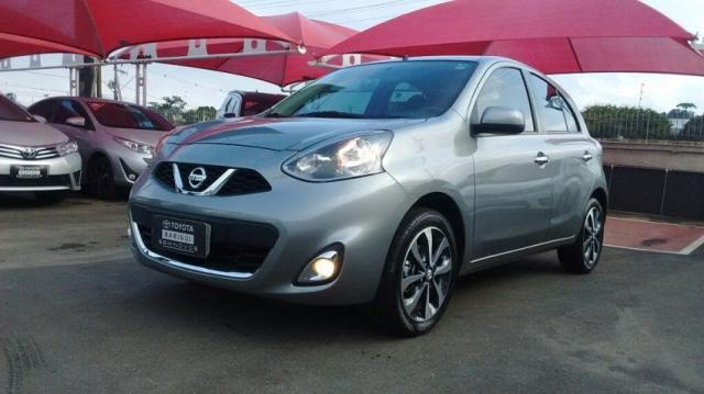 NISSAN MARCH SL 1.6 16V FLEXSTART Cinza 2015/2016 - Foto 2