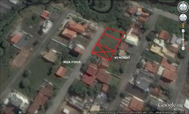 Ótimo terreno com 528 m2 na Praia de Bombas - Investimento garantido - Foto 4