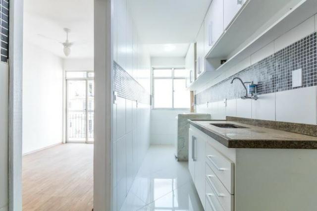 AP0217 - Sala 2 quartos com suite - Aceito financiamento - Maracana - Foto 4