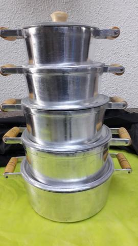 Jogo de panelas de alumínio batido - Foto 3
