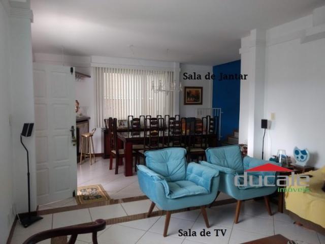 Vende-se Casa grande com Quintal em Jardim Camburi - Foto 6