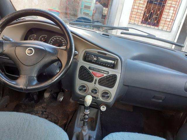 Vende-se Fiat Siena 2004