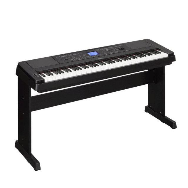 Vendo Piano digital Yamaha DGX-660 - Foto 3