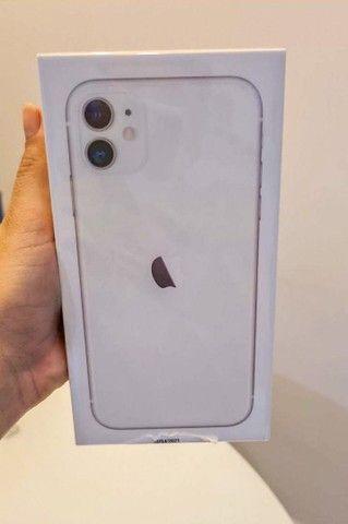 iPhone 11 64Gb NOVO e LACRADO 12x ou DESCONTO à vista - Foto 4