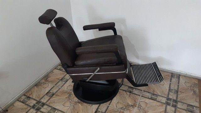 Cadeira de Barbeiro Ferrante. - Foto 5