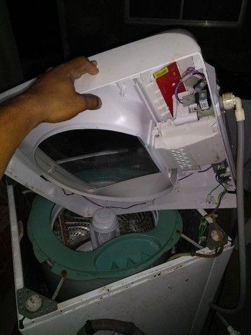Conserto e instalação de ar condicionado/conserto em máquina de lavar e tanquinho. - Foto 2