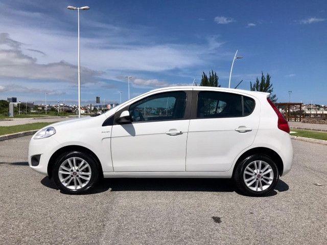 Fiat Palio Essence 1.6 . Completo . 2015 - Foto 10