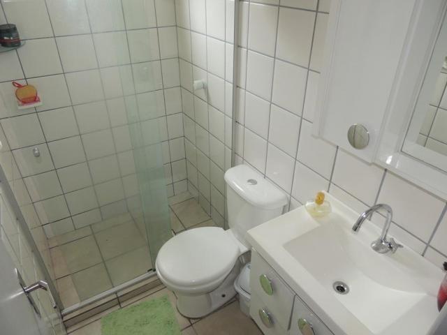 Apartamento 2 quartos, salão de festas e portaria 24h- colônia rio grande - Foto 11