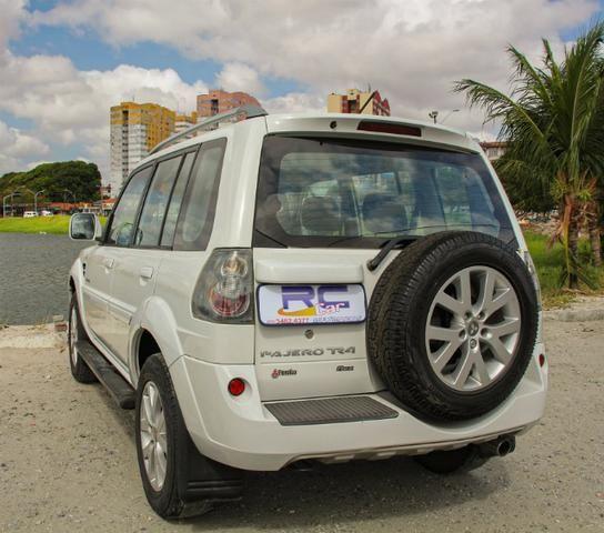 Pajero TR4 2012 automatica 4x4 completa - Foto 6
