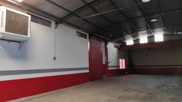 Excelente Oportunidade para Empresas: Aluga-se Barracão em Campo Mourão/PR - Foto 9