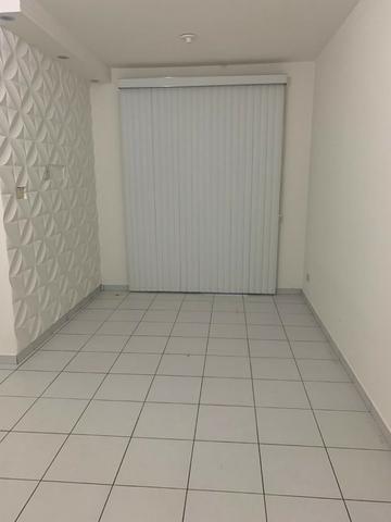 Apartamento - Locação no Muchila, 3 quartos com suite e varanda - Foto 2