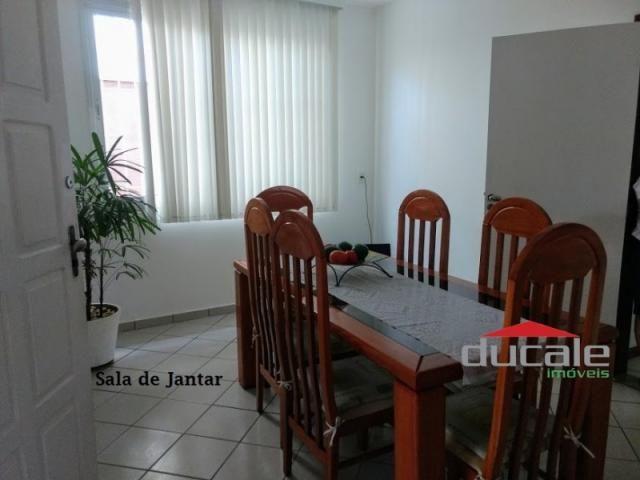 Vende-se Casa grande com Quintal em Jardim Camburi - Foto 8