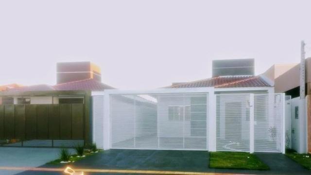 Casa nova com laje e 03 quartos