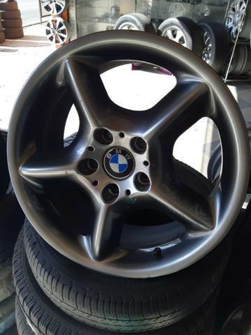 Rodas aro 17 da M5 originais BMW com pintura especial - Foto 3