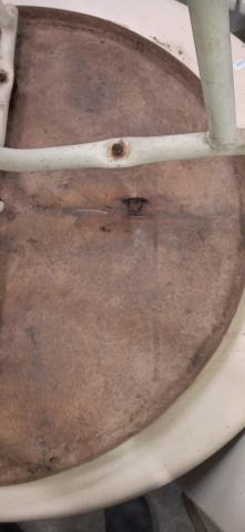 Mesa área externa / Piscina / em Fibra de vidro e Ferro Branco 70 cm x  79 cm x  79 cm - Foto 8