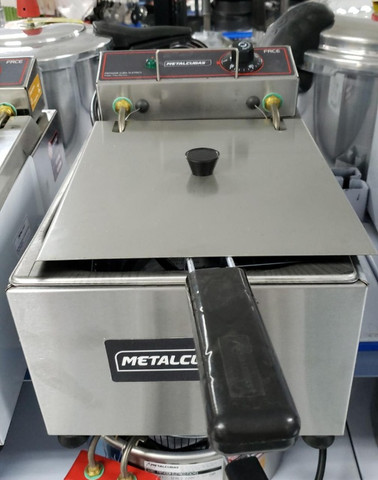 Fritadeira eletrica com tampa 5 litros (novo) Alecs