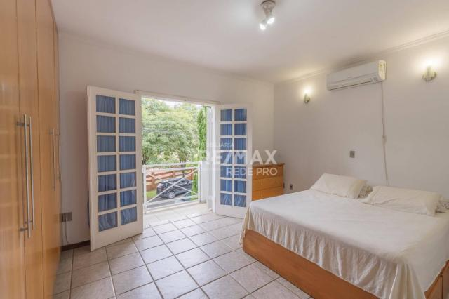A Casa Azul! Térrea com 3 dormitórios e terreno de 1310m2 à venda no Condomínio Marambaia- - Foto 18