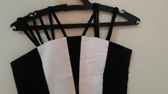 Vestido curto preto e branco novo - Foto 4