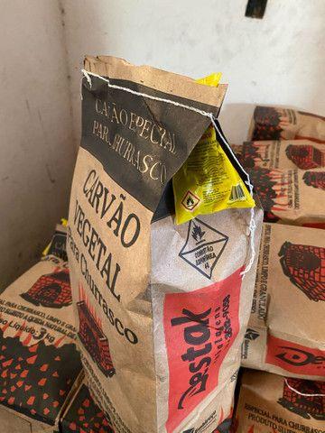 Carvão de 3 kg preço promocional 5,00 acendedor de carvao incluso direto da fábrica