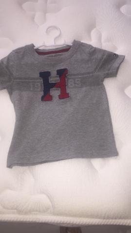 Blusa tommy 1 ano