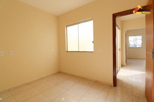 Casa residencial para aluguel, 3 quartos, 1 vaga, joão paulo ii - divinópolis/mg