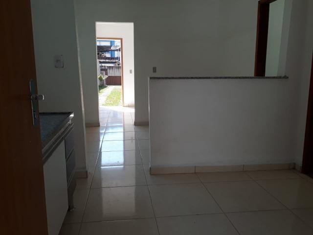 Casa Linear 3 Quartos com Garagem - Bairro Industrial