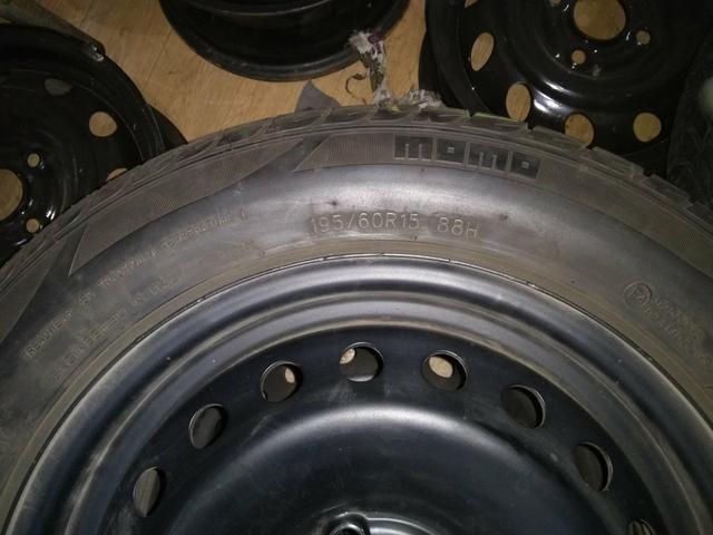 Jogo de roda com pneus 15 astra - Foto 4