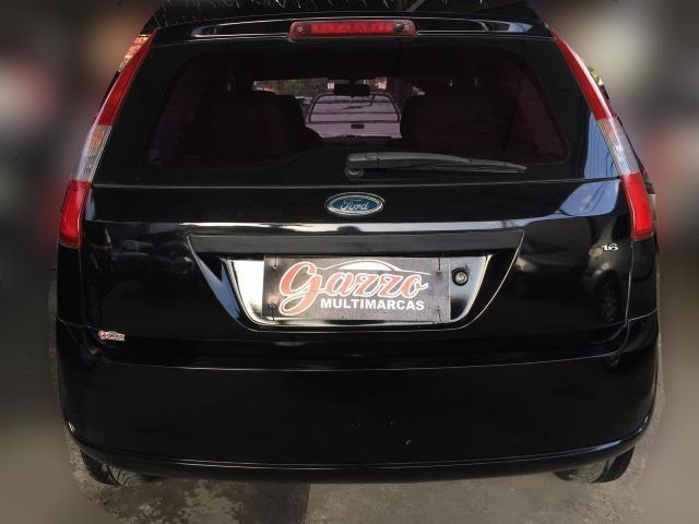 Fiesta 1.6 Hatch Completo! - Foto 7