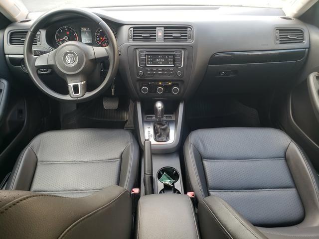 Vw Volkswagen Jetta confortline automático 2013 - Foto 9