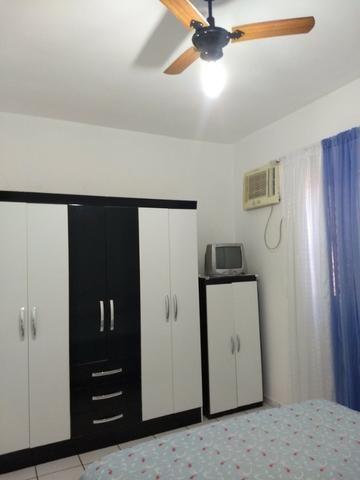 Apart.mobiliado e decorado com excelente localização - Foto 4