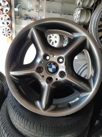 Rodas aro 17 da M5 originais BMW com pintura especial